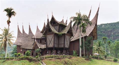 pin by sri suhirman on rumah tradisional