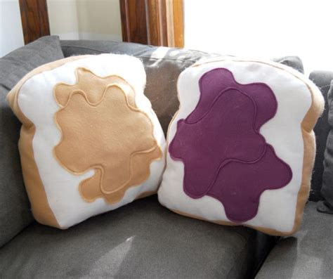 Pillows Shaped Like Food by Funky Food Shaped Pillows To Cheer Up The D 233 Cor