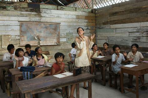 film yang mirip laskar pelangi berkunjung ke sd muhammadiyah gantong sekolah laskar