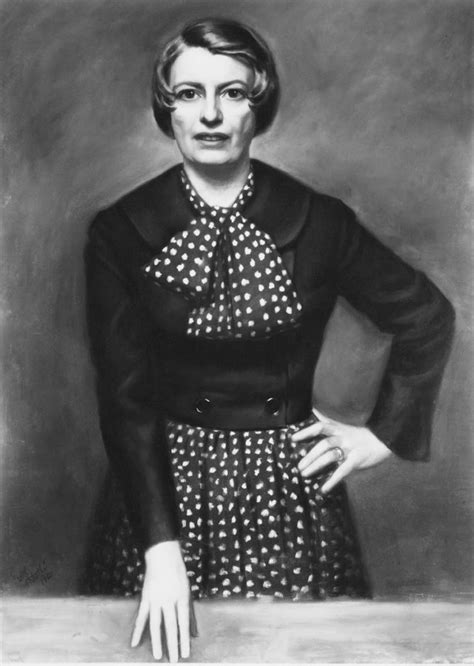 Must-See Portraits by True Master Artist Daniel E. Greene