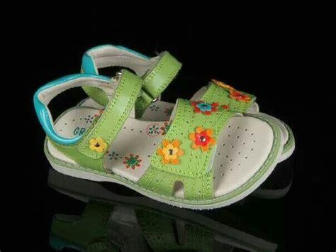Sepatu Buterfly Asli ready stock sandal kode green flower sandal size 28