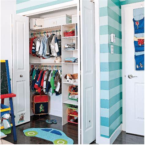 rangement garde robe rangements astucieux pour chambre d enfant