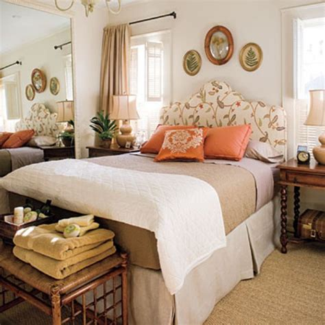 decorating with fall colors 31 cozy and inspiring bedroom decorating ideas in fall
