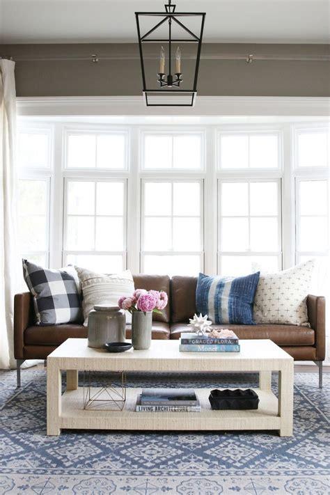 throw on leather sofa best 25 sofa throw ideas on pinterest living room