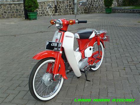 Jok Honda C70 Pispot proses restorasi honda pispot c70 ala juragan stiker banyuwangi tmcblog