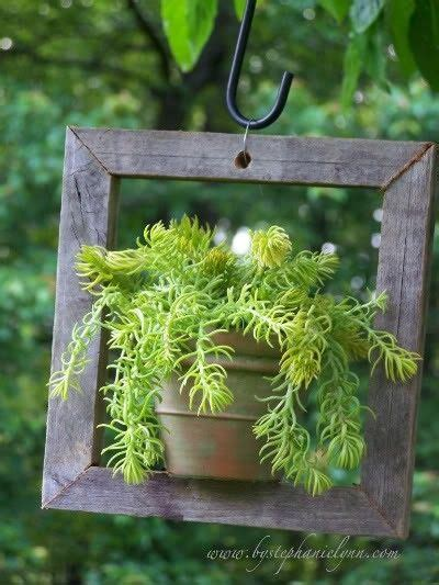 Potted Plant Hangers - diy hanging potted plants gardens