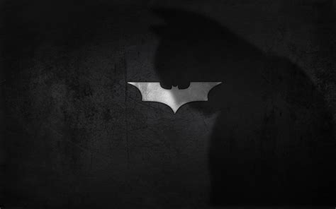 wallpaper batman blanco y negro wallpapers en blanco y negro con logos famosos mil recursos