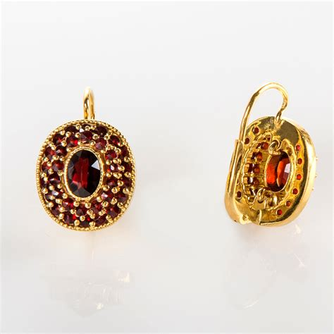 classic oval 925 silver earrings with large central gem