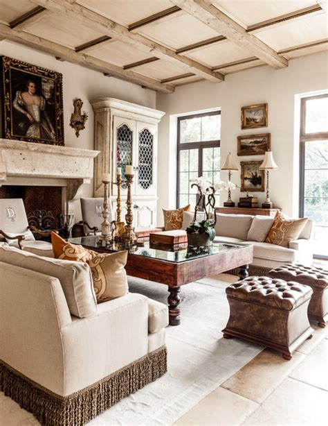 Living Room Dallas by Sunnybrook Mediterranean Mediterranean Living Room