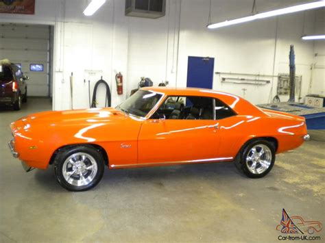 1969 camaro copo hugger orange 427 4 spd