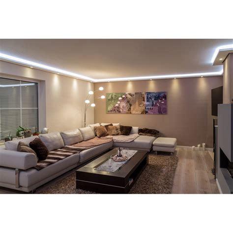 koof in woonkamer koof plaatsen met led en spotjes woonkamer en gang werkspot