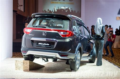 honda br v 2017 honda br v 1 5l launched in malaysia priced at rm86k