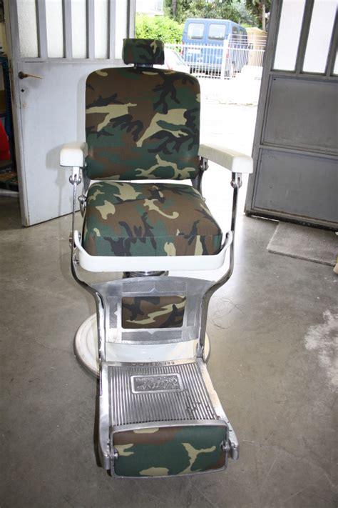 sedia da barbiere antica pin sedia da barbiere antica anni 50 arredamento e