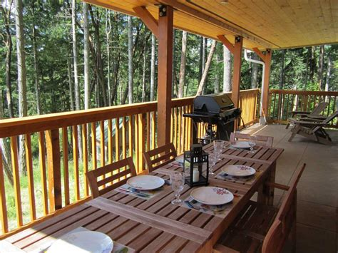 Cottage Deck Designs by Cosy Woodpecker Cottage Salt Island Accommodation