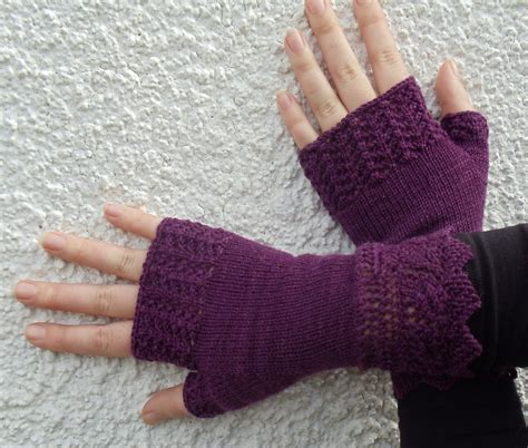 fingerless gloves knitting pattern fingerless gloves knitting pattern a knitting