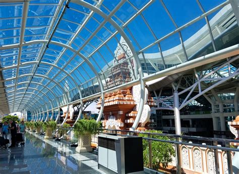 favorable winds  bali airport  reopen  mount