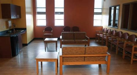 Inpatient Detox Chicago by Des Plaines Hospital Adds Outpatient Program For Troubled