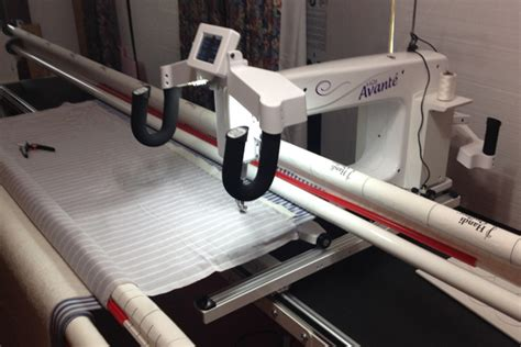Avante Longarm Quilting Machine by Handi Quilter Reannalily Designs