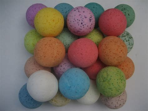 bathtub fizzy balls best bath fizzy balls ever beauty pinterest