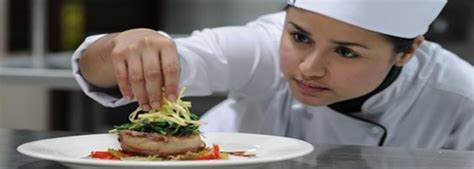 Kitchen Expeditor Salary Sous Chef Cooking Career Specialties Cooking Schools