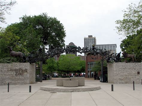 lincoln park zoo entry fee east entrance 187 lincoln park zoo gallery