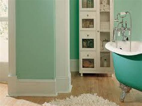 small bathroom ideas color 17 best ideas about small bathroom paint on pinterest