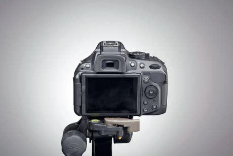 batas usia kamera sebelum rusak dimensidata