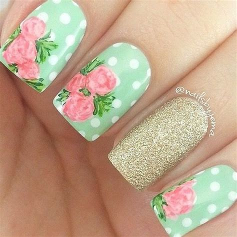 flower pattern on nails 17 best ideas about floral nail art on pinterest rose