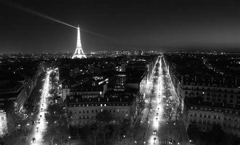 Beautiful Eiffel Tower by Paris By Night Life In La Ville Rose