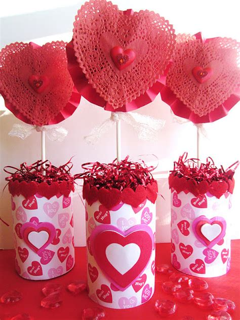 valentines table centerpieces homespun with quot can of hearts quot s centerpiece