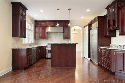 cherry mahogany kitchen cabinets dark mahogany kitchen cabinets quicua com