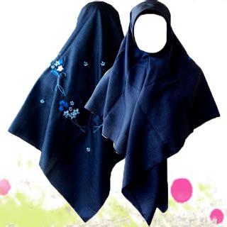 Gamis Jubah Palestina Syar I Jilbab Segi Empat 120x120 Pioner Jilbab Syar I Jilbab Segi Empat Sulam Pita