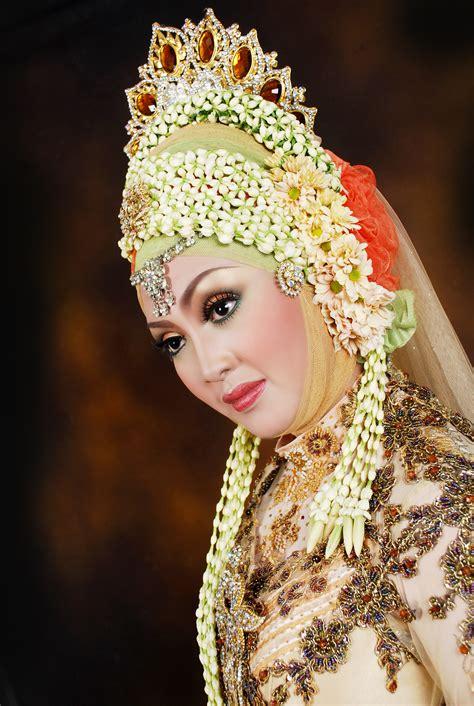 download tutorial rias pengantin rias pengantin muslim riasan pengantin berjilbab wedding