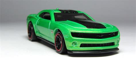 Hotwheels Reguler Chevy Camaro Special Edition Black look wheels 70 buick gsx 2013 chevy camaro special edition in green the lamley