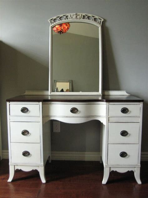 Cheap Bedroom Vanities For Sale by 25 Best Ideas About Makeup Vanities For Sale On