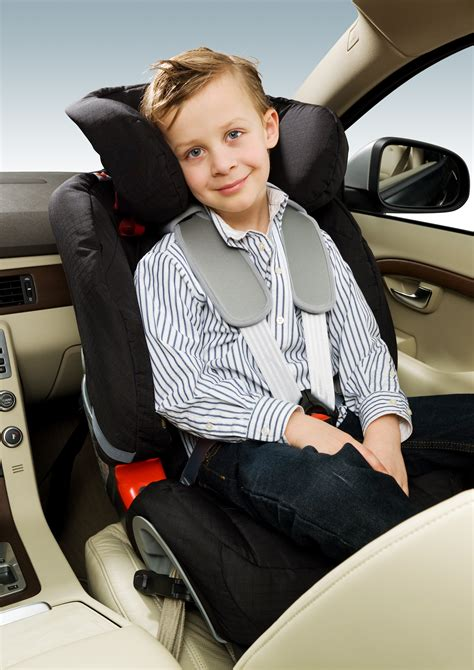 volvos  child restraints highlight differences