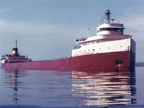 ss edmund fitzgerald sinking listen to radio transmission on the night of the edmund
