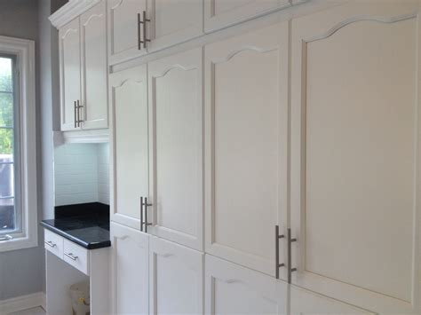 Spray Painting Kitchen Cabinets White Spray Painted Oak Cabinetry Cabinet Refinishing Spray Painting And Kitchen Cabinet Painting