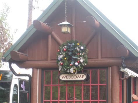 photo tour of the christmas decorations at disney s
