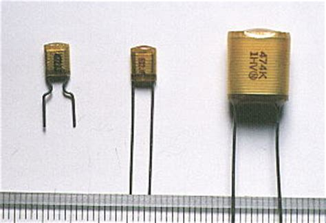 capacitor de motor tem polaridade estes capacitores n 227 o tem polaridade