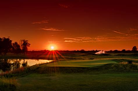 Sunset Golf Gallery