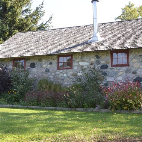 vacation rental cottages vacation rentals in leelanau county century farm cottages