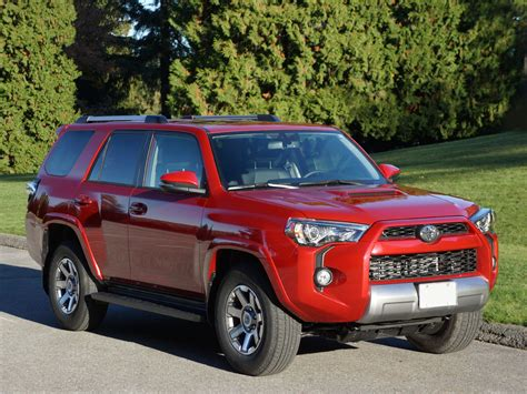 2014 Toyota 4runner Review 2014 Toyota 4runner Limited Road Test Review Carcostcanada