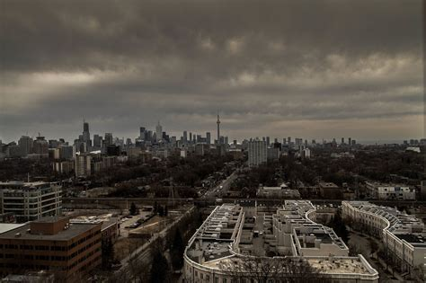 is it good time to buy a house is now a good time to buy a house in toronto
