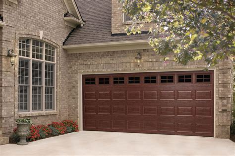 Amarr Overhead Doors Amarr Medium Wood Grain Finish Remodeling Doors Exteriors Parking Lots And Garages Wood