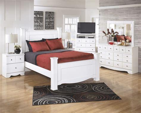 vachel 6 pc bedroom dresser mirror queen poster bed b264 31 weeki 6 pc bedroom dresser mirror queen poster bed