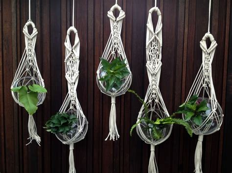 How To Make A Macrame Plant Holder - best 25 macrame plant hangers ideas on