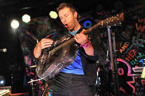 coldplay ultimate guitar coldplay s chris martin our xylobands were designed by
