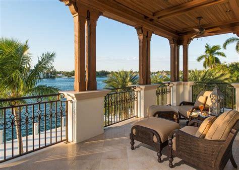terrazzi con ringhiera tipi di ringhiere per balconi