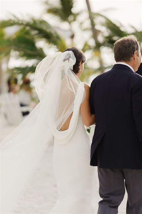Best 25  Beach wedding veils ideas on Pinterest   Beach